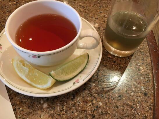 ロイヤルパークホテルの朝食 (紅茶)
