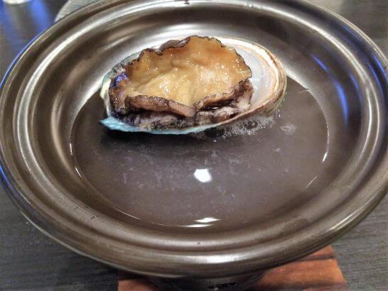 休暇村奥武蔵の夕食の鮑