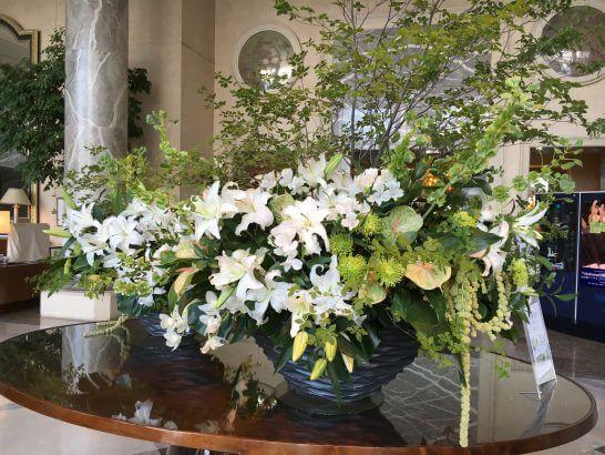 横浜ロイヤルパークホテルのロビーの花