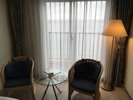 葉山ホテル音羽ノ森の窓際