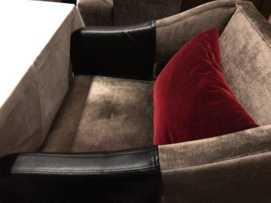 フレンチビストロ「ル ドール」の椅子