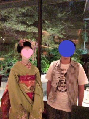 ハイアットリージェンシー京都「THE GRILL」で舞妓さんと記念写真