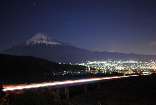 富士山の近くのパーキングエリア