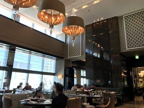 シャングリ・ラ ホテル 東京のピャチェーレ(朝食時)