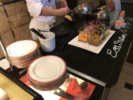 ウェスティンホテル東京の朝食のエッグステーション