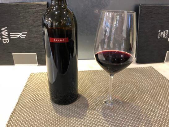 ラグジュアリーカードのワールドワインバーでの特典ワイン