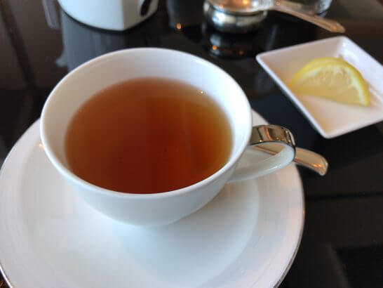 シャングリ・ラ ホテル 東京のホライゾンクラブの紅茶