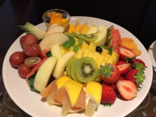 横浜グランドインターコンチネンタルホテルの朝食のフルーツ