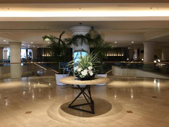横浜グランドインターコンチネンタルホテルのロビーの花