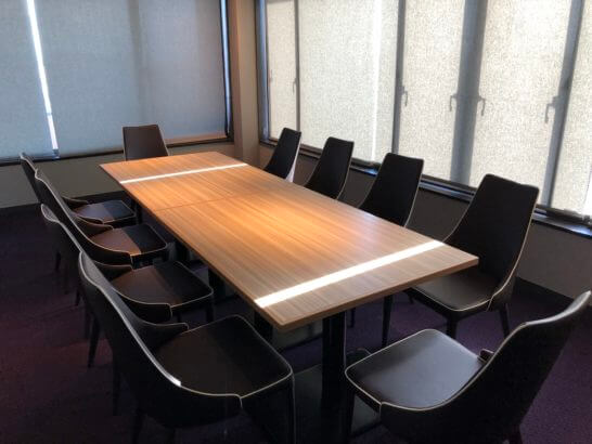 東京マリオットホテルのエグゼクティブラウンジのミーティングルーム (2)
