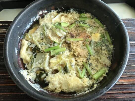 コンラッド東京の風花の「強肴」浅利と白魚玉子とじ