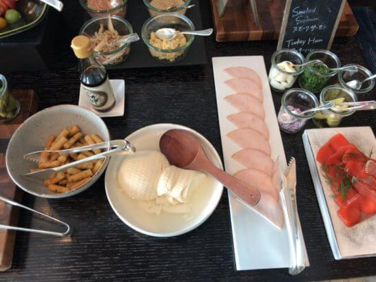 ホライゾンクラブラウンジの朝食 (コールドミール)