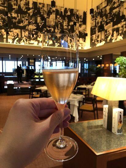 ラグジュアリーソーシャルアワー(パークハイアット東京)のシャンパン