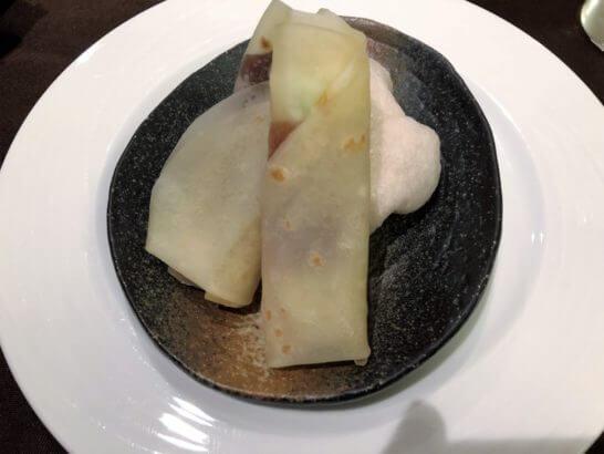 品川プリンスホテルの中華レストランのコース料理 (クレープ)