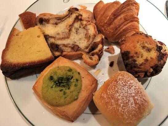 パークハイアット東京のジランドールのパン