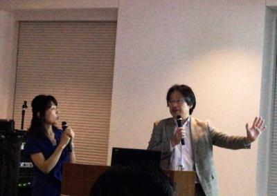 岡崎良介さんと叶内綾子さん