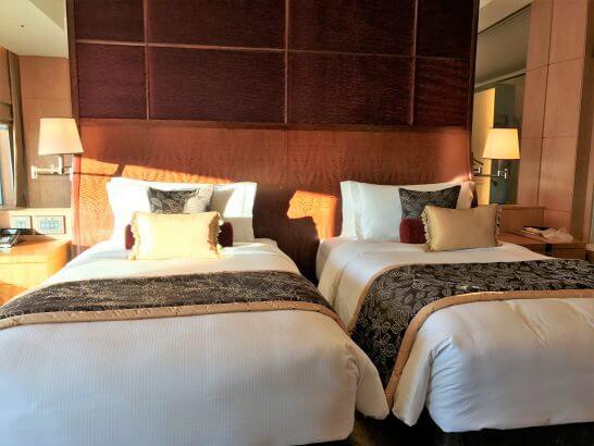 シャングリ・ラ ホテル 東京のベッド