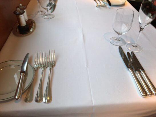 パークハイアット東京のジランドールのテーブル
