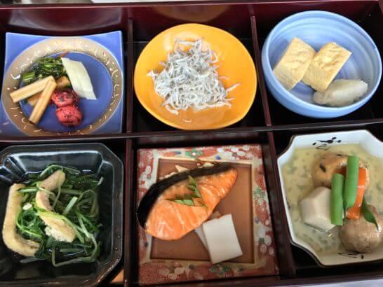シャングリ・ラホテル東京の朝食の和定食