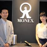 マネックスFX マーケティング部の安藤大輔さん、マネックスグループ 広報の松崎裕美さん
