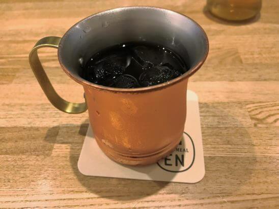 ルミネのカフェのアイスコーヒー