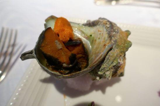 栄螺(サザエ) 大江戸甘味噌煮 プロヴァンスバターの香り 焼き生雲丹(ウニ)