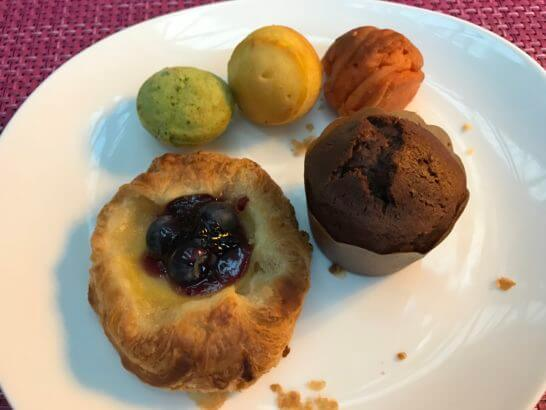 東京マリオットホテルの朝食のパン類