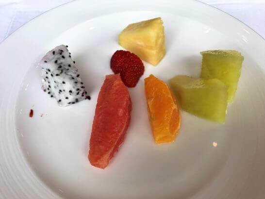 シャングリ・ラホテル東京の朝食のフルーツ