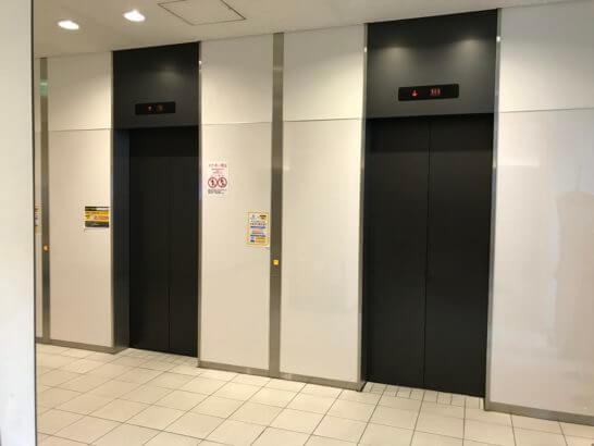 タイムズ スパ・レスタへのエレベーター