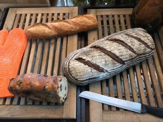 東京マリオットホテルの朝食のパン (2)