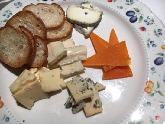 フルーツパーク富士屋ホテルのアラカルト(チーズ盛り合わせ)