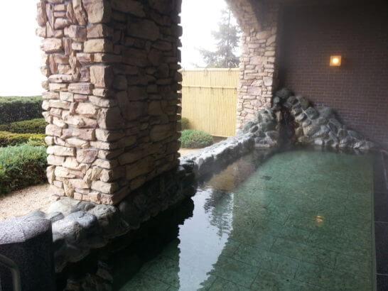 フルーツパーク富士屋ホテルの温泉大浴場 (露天風呂)