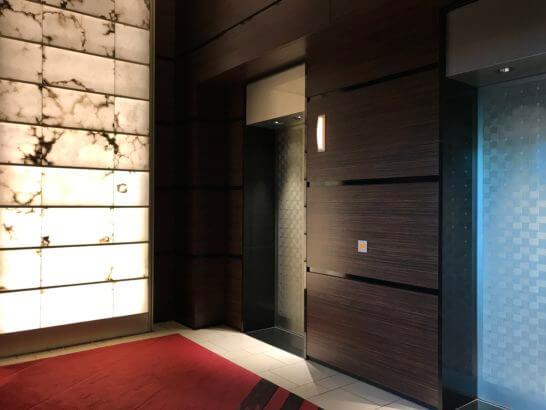 コンラッド東京のエレベーター