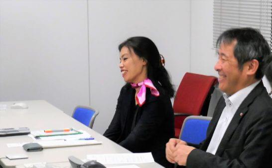 SMBC日興証券の林課長、美根さん