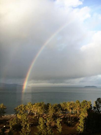 琵琶湖マリオットの客室から見た琵琶湖の虹