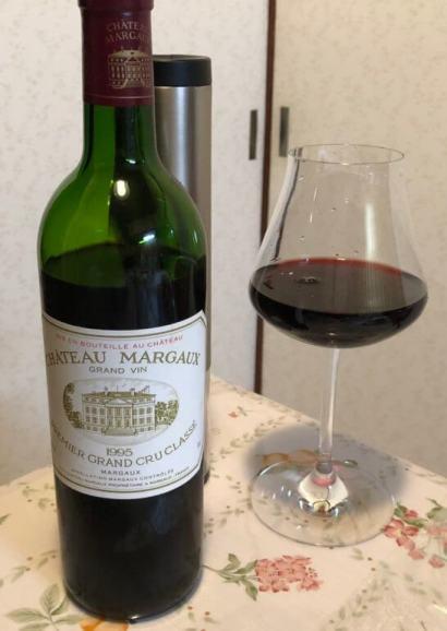 シャトー・マルゴー(CH.MARGAUX)とバカラのワイングラス
