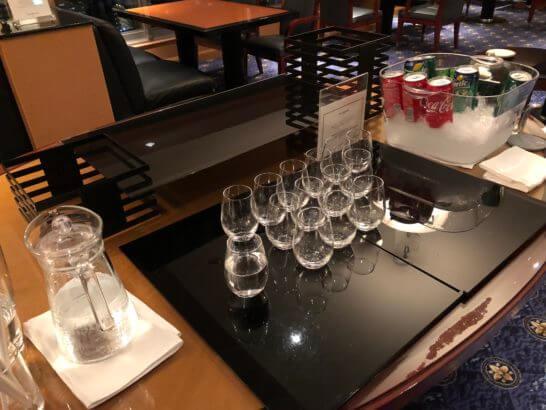 ウェスティンホテル東京のエグゼクティブ・クラブのソフトドリンク(夜)