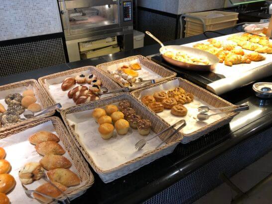 ウェスティンホテル東京のザ・テラスのパン