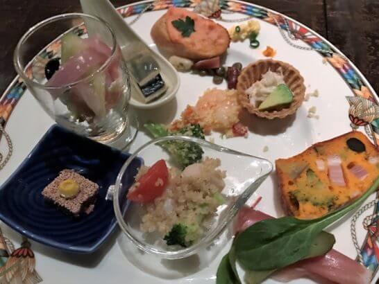 ウェスティンホテル東京のザ・テラスのディナー (オードブル盛り合わせ)