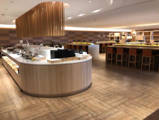 サクララウンジ(羽田空港国際線)の食事コーナー