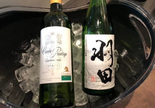 TIAT LOUNGE ANNEXの白ワインと日本酒