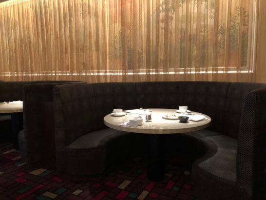 ウェスティンホテル東京のザ・テラスの豪華なソファー席
