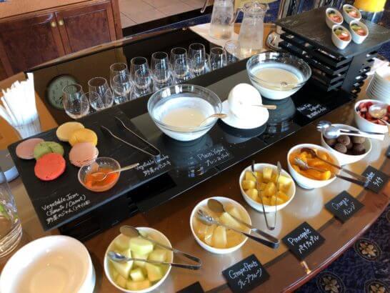 ウェスティン・エグゼクティブ・クラブラウンジの朝食 (フルーツ・ジャム)