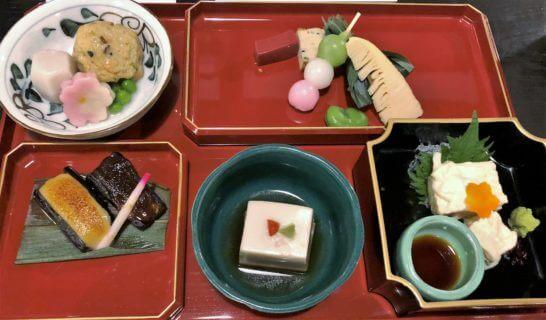 アメックス会員限定の醐山料理「花見膳」 (先附、八寸、お造り、焚合せ、田楽)