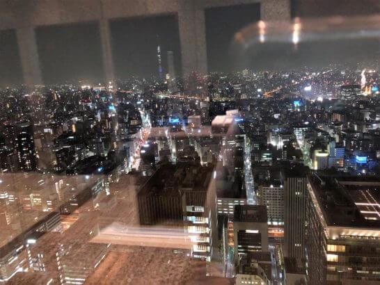 マンダリンオリエンタルホテル東京の38Fのトイレからの夜景