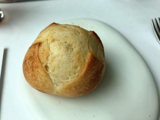 コンラッド東京のコラージュのパン