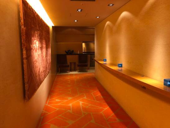 東京アメリカンクラブの廊下
