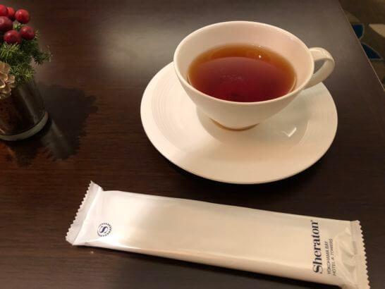 横浜シェラトンのクラブラウンジのお茶
