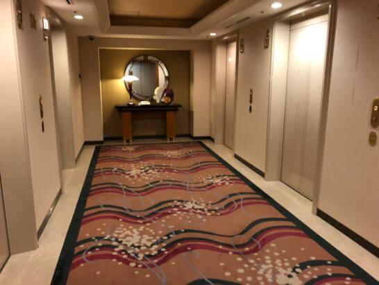 横浜ベイシェラトン ホテルの通常フロアのエレベーター