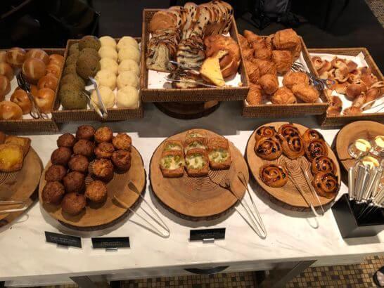 グランドハイアット東京の朝食のパン